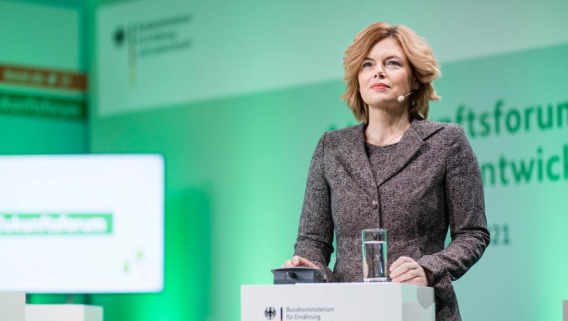 Bundeslandwirtschaftsministerin Julia Klöckner eröffnete das Zukunftsforum. © BMEL / Photothek / Xander Heinl